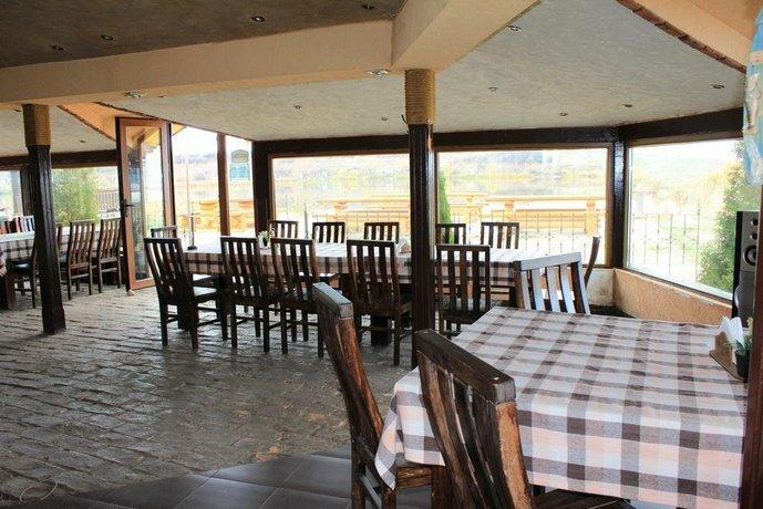 Guest House Qzovir Malo Buchino