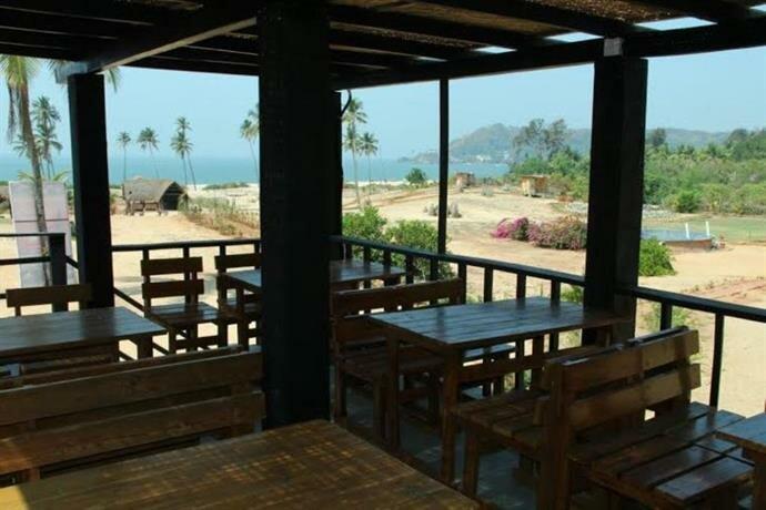 Golven Beach Resort Vengurla