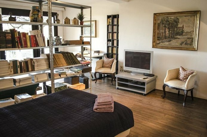 San Lazzaro Room