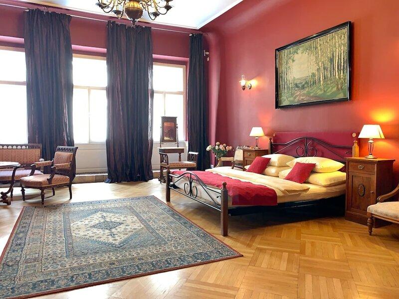 Small Luxury Palace Residence