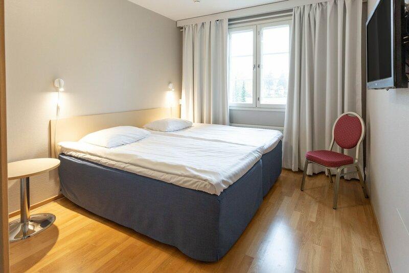 Hotelli Jokipuisto