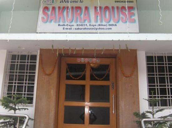 Hotel Sakura House