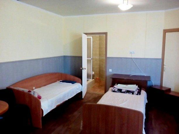 Hostel Mnogoborets F Klub