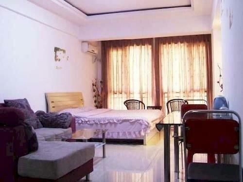 Juanzi Apartment