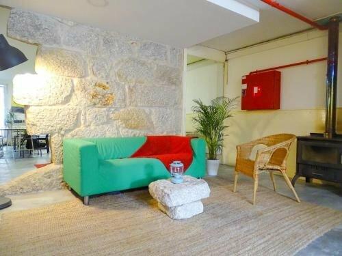 O2 Hostel