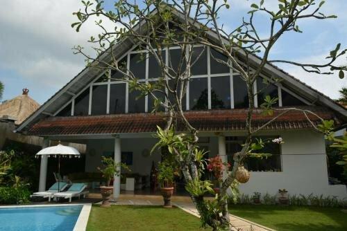 Villa Raquel