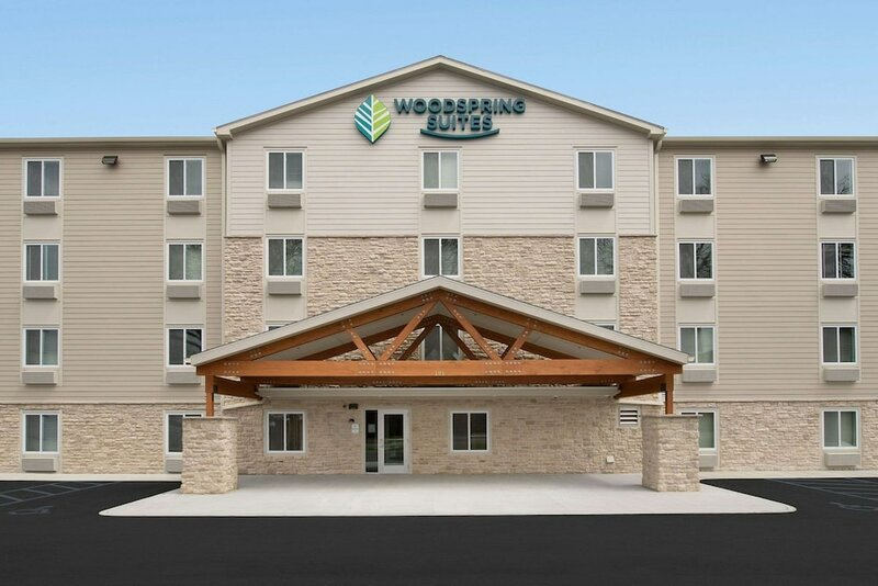 Woodspring Suites West Des Moines