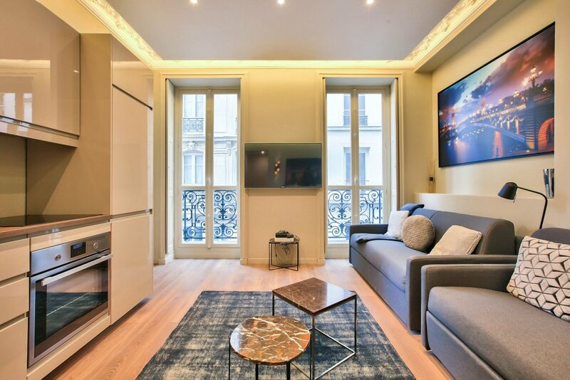 60-Luxury Parisian Home Sebastopol