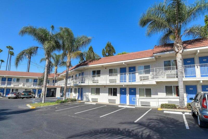 Motel 6-Long Beach, Ca - Los Angeles