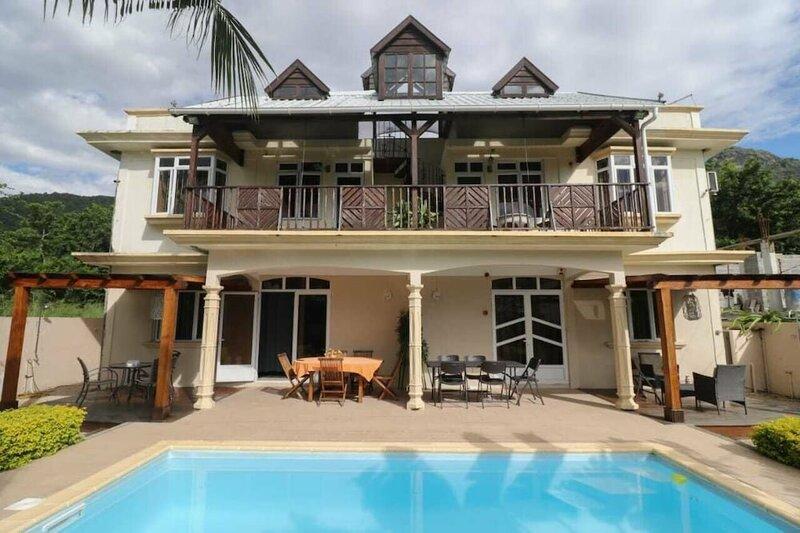 Isola Bella Luxury Villa