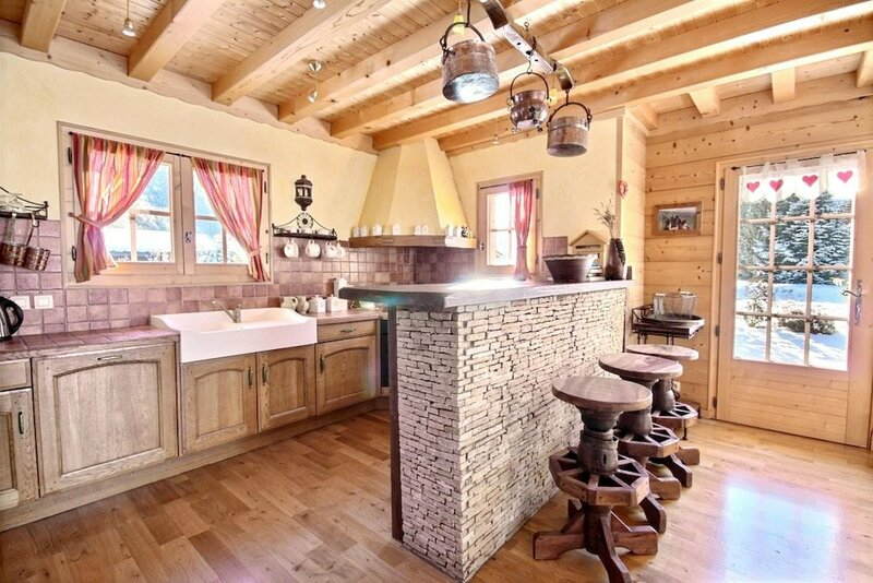 Chalet With 5 Bedrooms in St Jean D'aulps, With Wonderful Mountain Vie