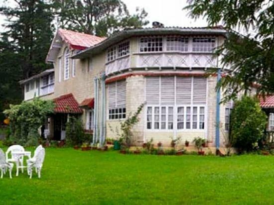 Chevron Ranikhet Club