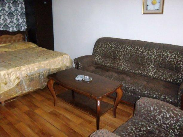 Vardananc 4 Apartments