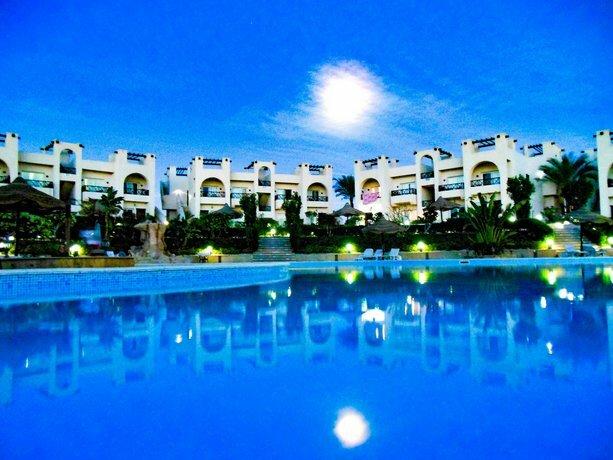 Sunny Lakes resort
