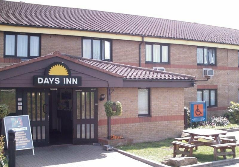 Ramada by Wyndham London Stansted Airport