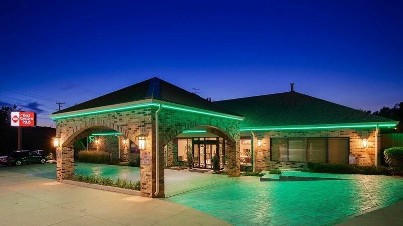Best Western Plus Antioch Hotel & Suites