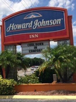 Howard Johnson Inn - Winter Haven Fl