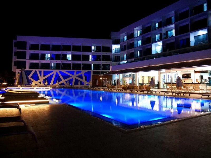 Amethyst Napa Hotel