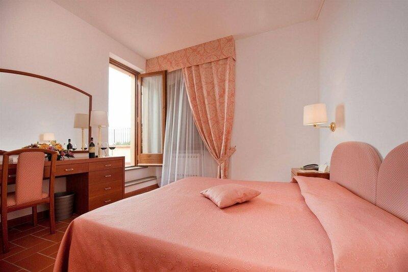 Hotel San Lino