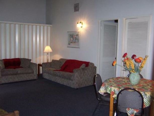 Marquette House New Orleans International Hostel