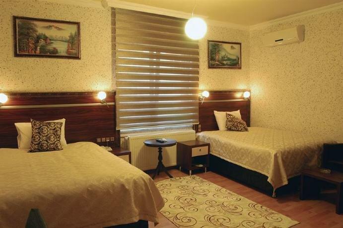 Kayzer Hotel