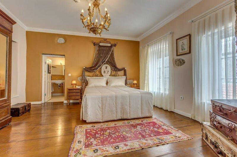 Erendira Hotel - Special