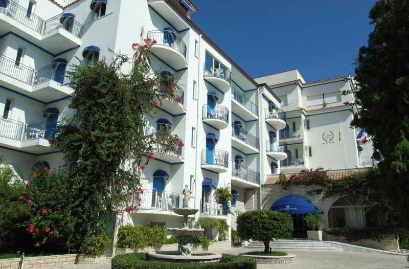 Отель Sant Alphio Garden Hotel & SPA