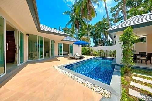 Lipa Talay See - 2 Bedroom Beach Side Villa