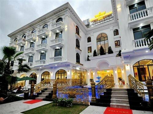 Crown Hotel Nha Trang