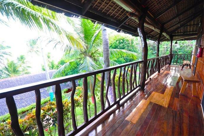 Villa de Pico Highland Beach Resort
