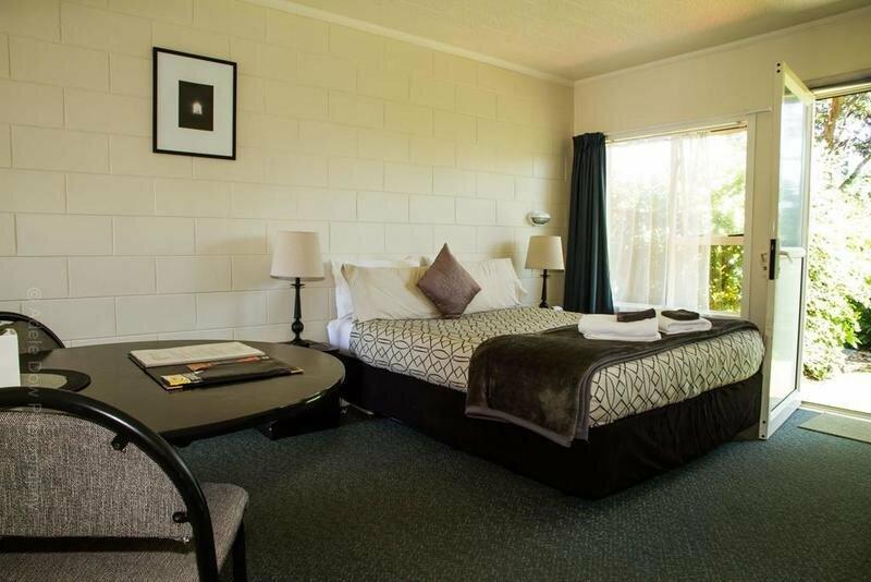 252 Beachside Motels & Holiday Park