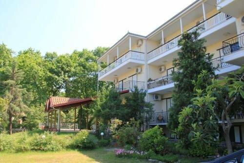 Hotel Geromichalos