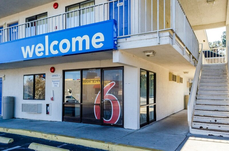 Motel 6 Charleston, Sc - North