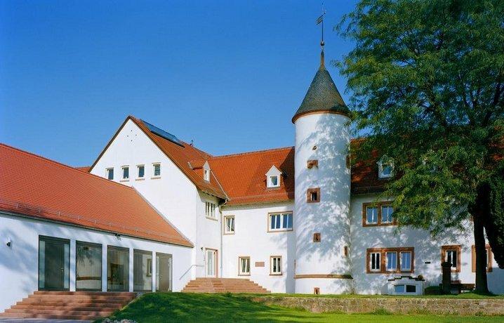 Kloster Hochst - Jugendbildungsstatte und Tagungshaus der Ekhn