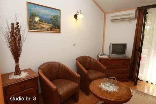 Guest House Blazo