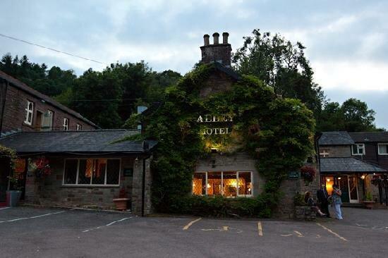 Tintern Abbey Hotel