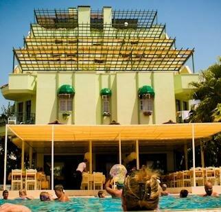 Lemon Beach Hotel
