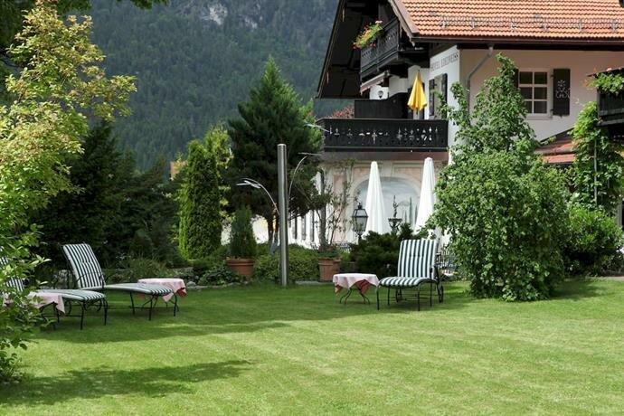 Hotel Edelweiss Garni