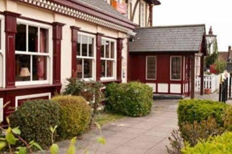 Innkeeper's Lodge Old Windsor