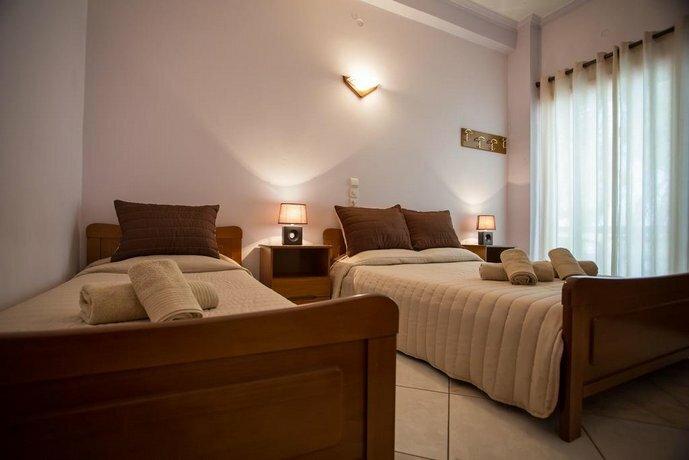 Vasilios Marinos Rooms