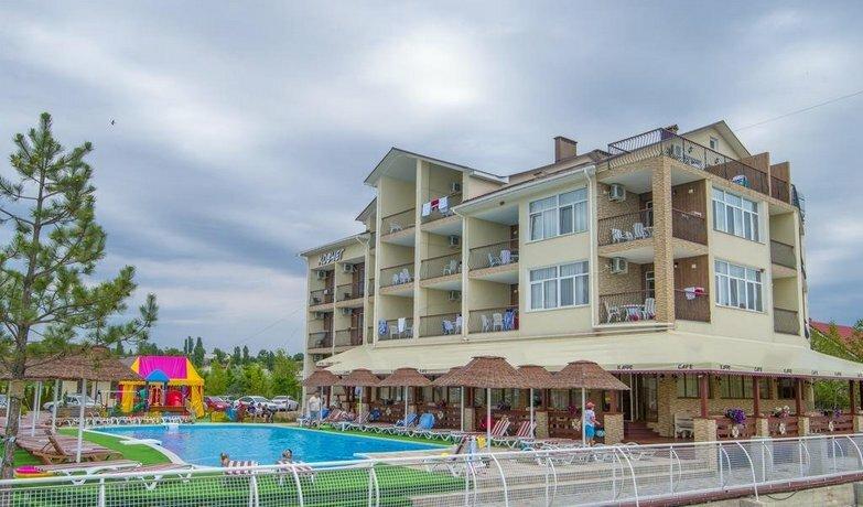 Kovcheg Hotel Zatoka