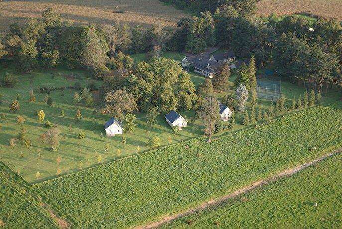 Sheltered Vale Cottages