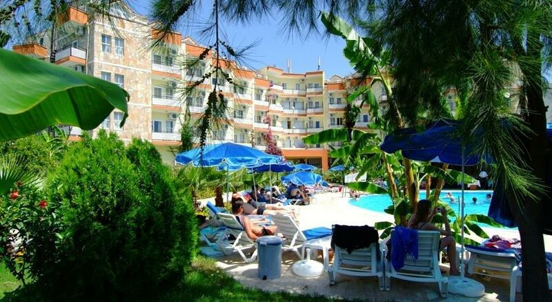 Kiris Rose Hotel