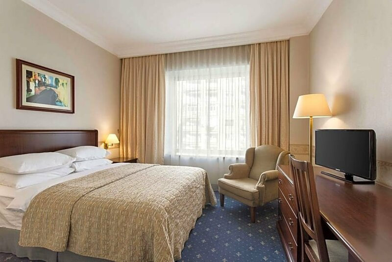 Ramada Bucharest Majestic Hotel