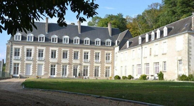 Chateau de Saint Ouen les Vignes