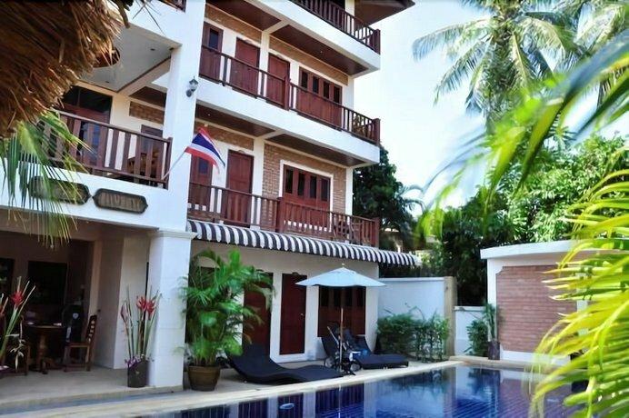 Baan Chayna Resort Hotel