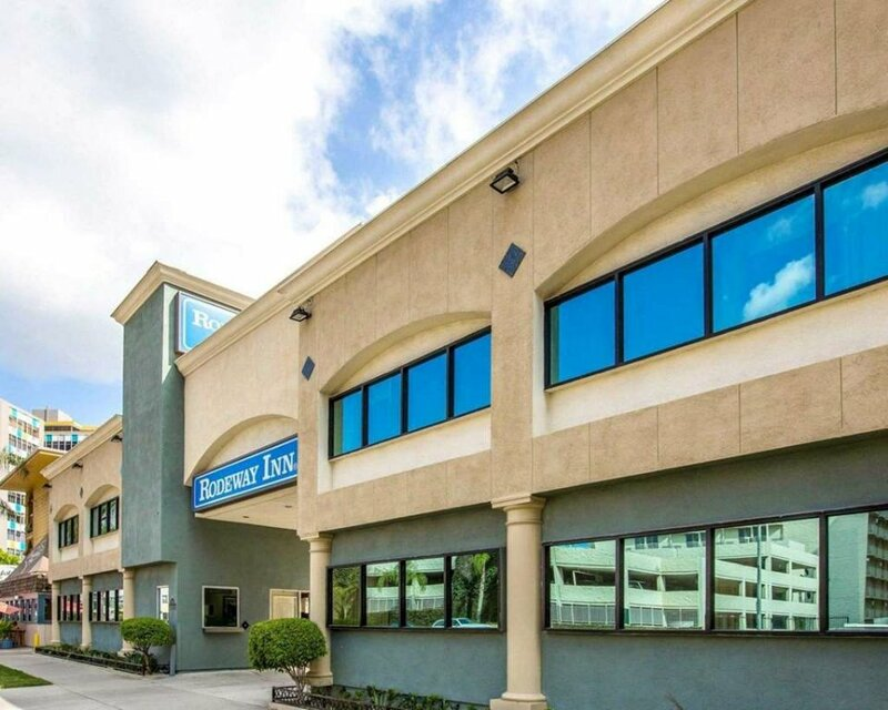 Inn at 50 at Long Beach Convention Center