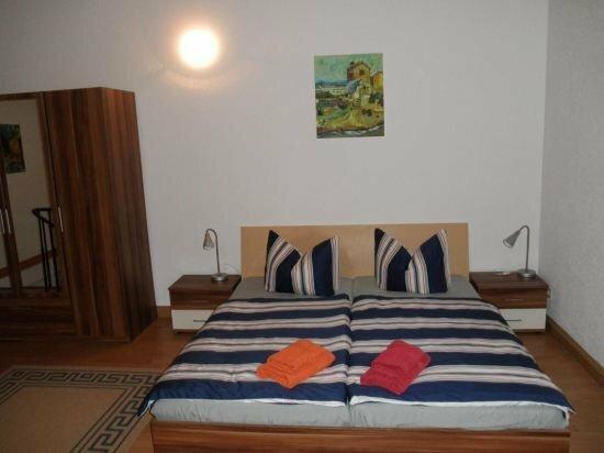 Apartment-FeWo Dresden-Briesnitz