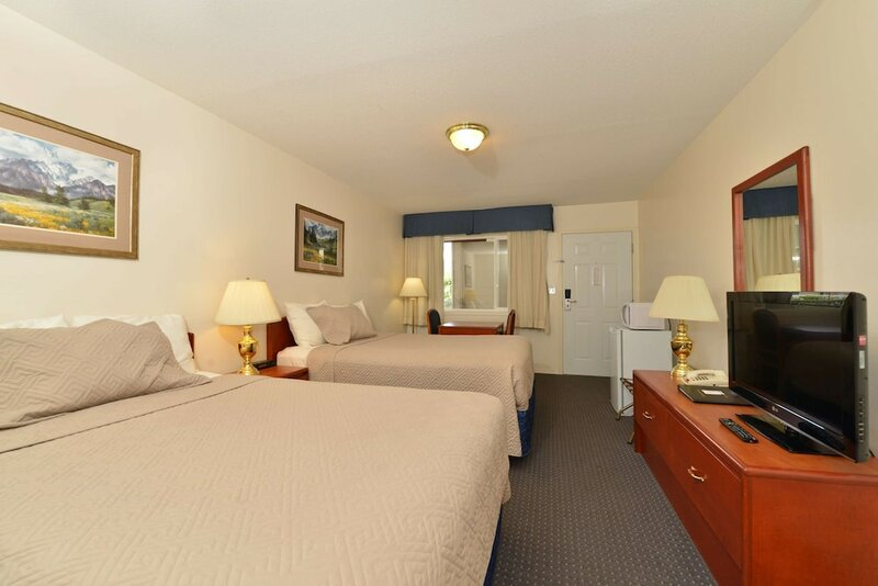 Canadas Best Value Inn & Suites Princeton