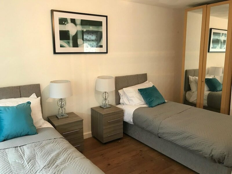 Stay In Liverpool Lytham House